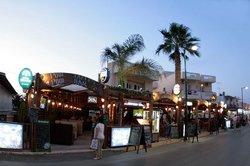 Stonewell Pub & Restaurant