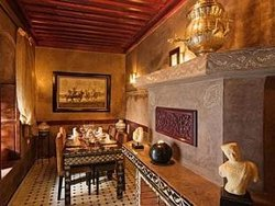 Riad El Mansour Restaurant