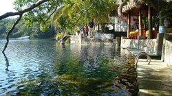 El Cenote Azul