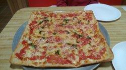 Ralph's Pizza