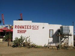 ‪Ronnie's Sex Shop‬