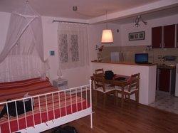 Apartments Skocidjevojka