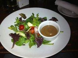 Primo's Restaurant & Lounge
