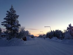 The road just outside the Icehotel at dawn