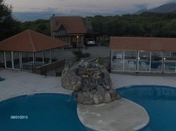 Vista de las piscinas desde el mirador