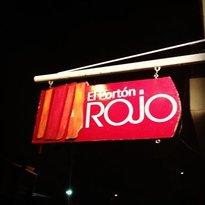 El Porton Rojo Pizzeria & Galeria
