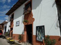 Hierro Barro y Verde Cafe