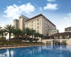 Queena Plaza Hotel