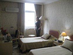 Orontes Hotel