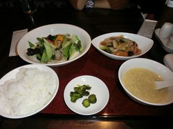 Chinese Cuisine Ching-Ming Gion