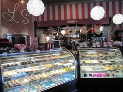 Luscious & Sweet Gourmet Bakery