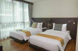 Mida's Hotel Uno