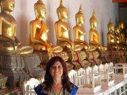 Budas en la posición más conocida