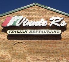 Vinnie R's
