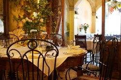 Via Toscana Restaurant & Cafe