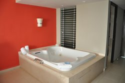 Jacuzzi Tubs in every suite!
