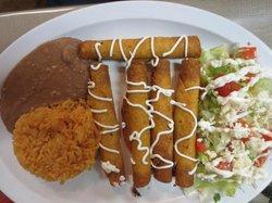 Los Dos Potrillos Mexican Restaurant