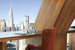 Luxury West Tower - Skyline Club