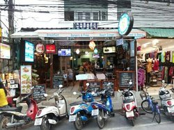 Beach Road Bar and Cafe