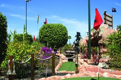 Mini Golf Isla del Tesoro Vivo Decades