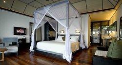Sunset Water Suite Bedroom (57779921)