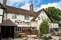 Restaurant at the Dog and Doublet Inn