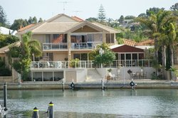 Port Mandurah Canals B&B