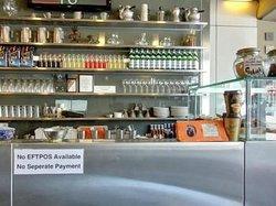 Maisy's Cafe