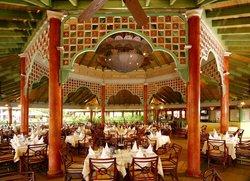 Aquaceros Bar and Grill
