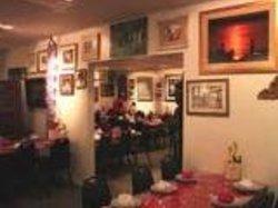 Malai Thawng Thai Restaurant