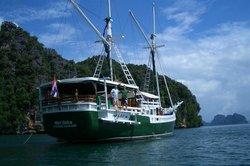 Merdeka The Spa Boat