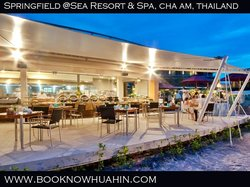 I Sea Bar and Restaurant