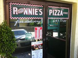 Ronnie's Pizza & Mo