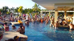 Party @ the pool bar