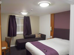 Premier Inn Glastonbury Hotel
