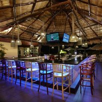 Water's Edge 12o N Restaurant & Bar Aruba