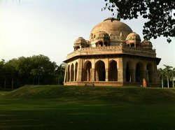Friend in Delhi - Private Day Tours
