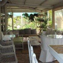 Veranda Café