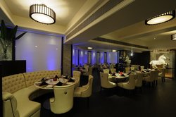 Cafe 24 - Della Resorts