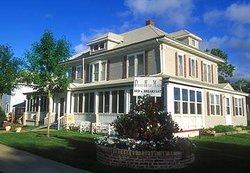 Prairie House Manor