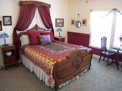 Autumn Leaves Bed & Breakfast