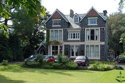 Dolafon Guest House