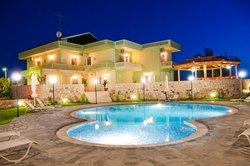 Petritos Hotel