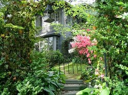 Charles Street Garden Suite