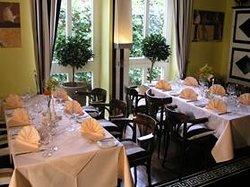 Marbella Hotel/Restaurant