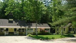 Tanglewood Motel and Cottages