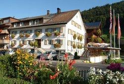 die Sonnigen - Hotel, Appartements und Familienspass