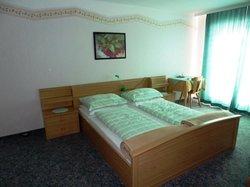 Konigshof Hotel Pension
