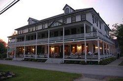 Wellesley Hotel and Restaurant