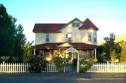 Oregon Trail Inn